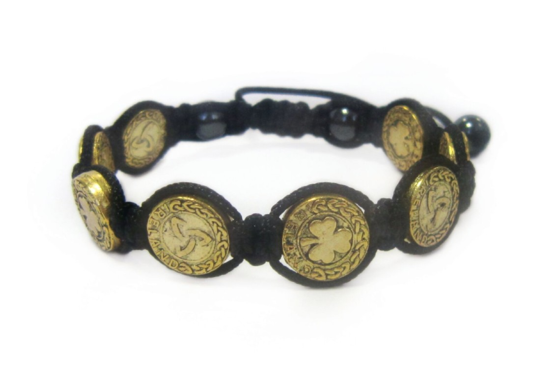 GREEN SHAMROCK 8 GOLD BUTTON BRACELET