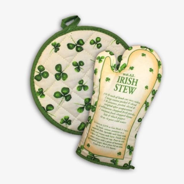 Irish Oven Glove & Pot Holder With Real Irish Stew Recipe
